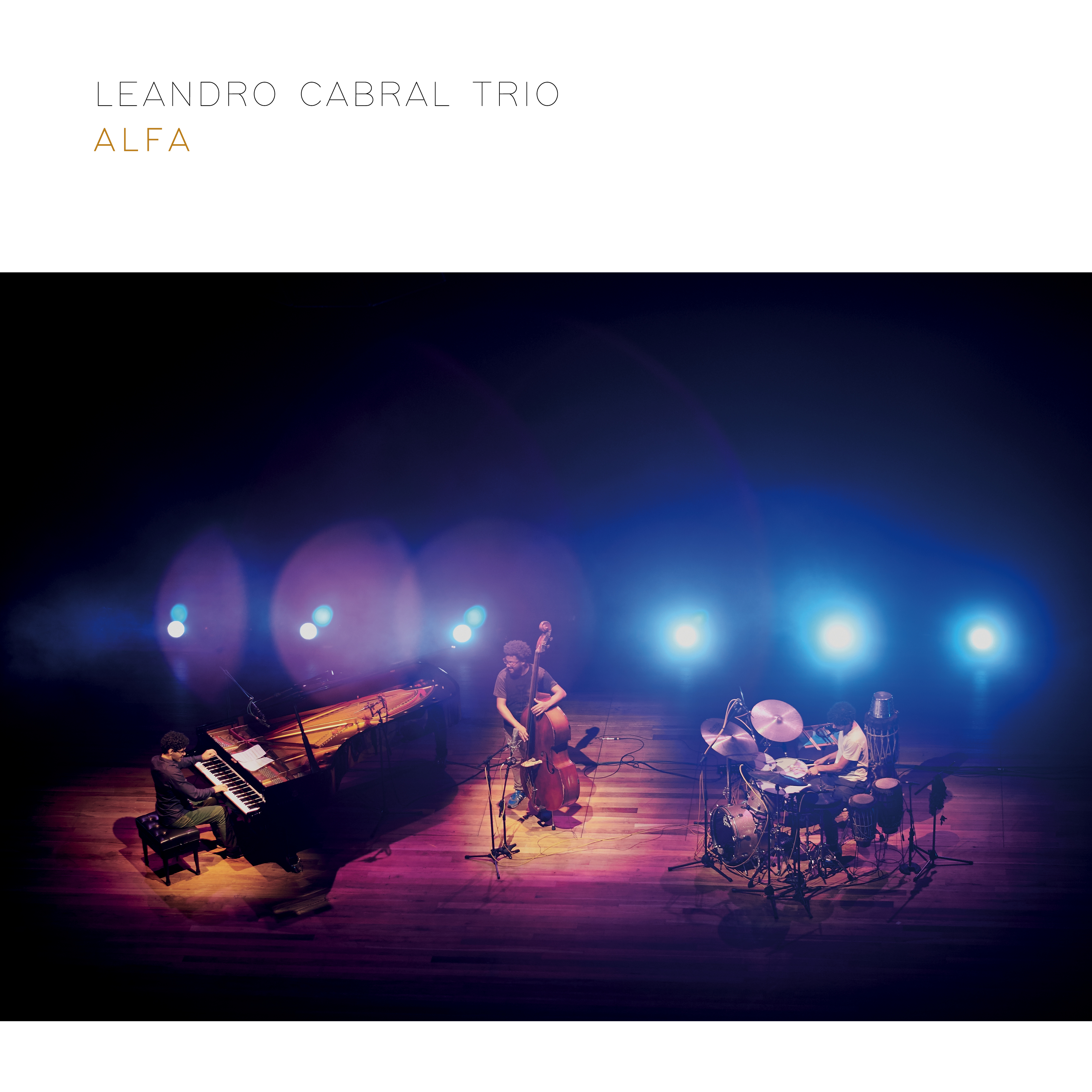 "World Music Report Reviews Leandro Cabral's ""Alfa"""
