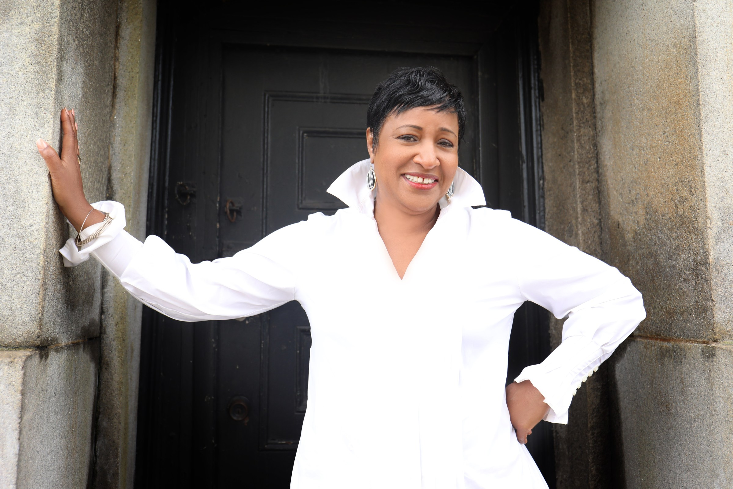FEATURE: Vanessa Rubin Performs on WBGO's Singers Unlimited