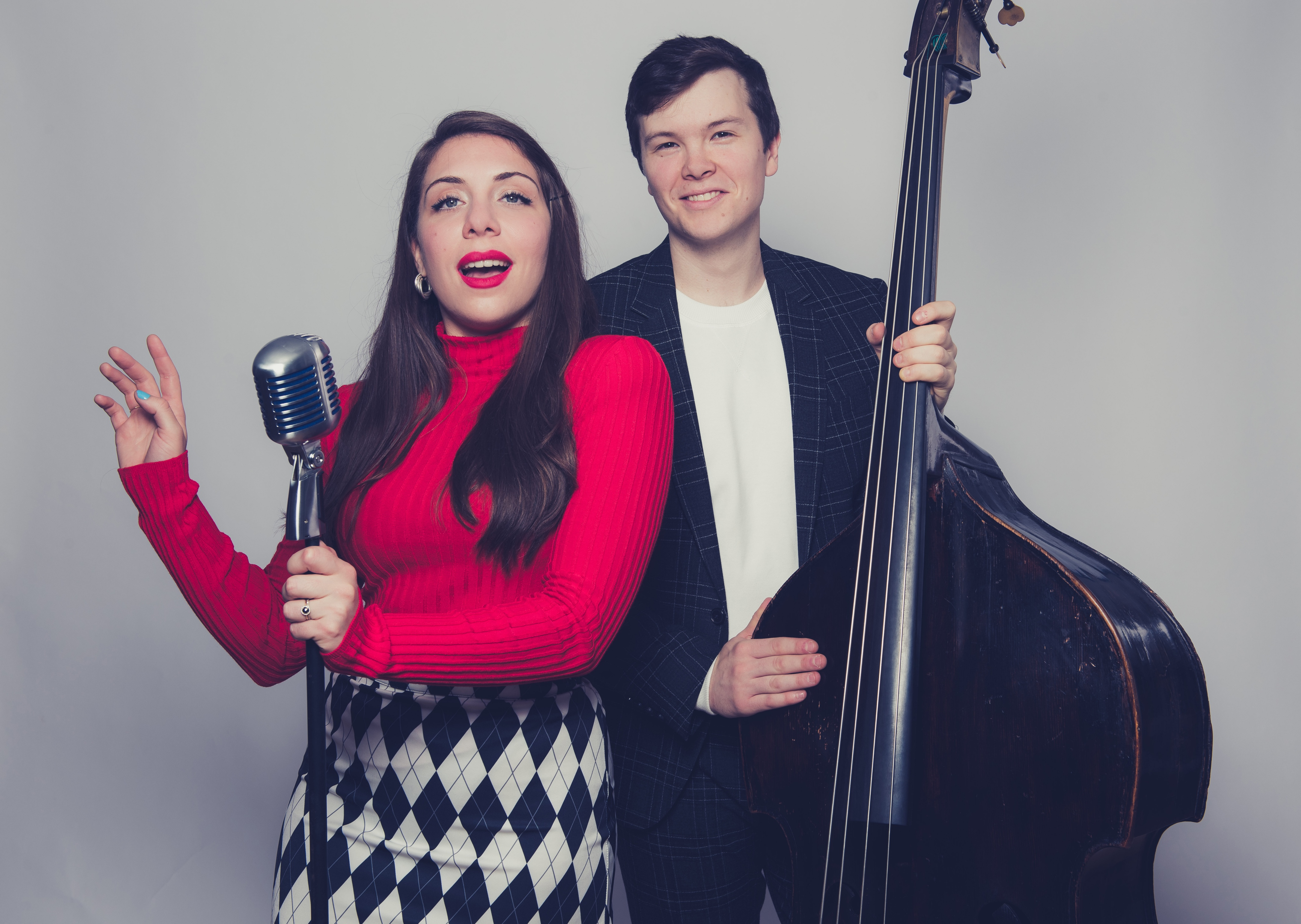 "REVIEW: Kind of Yule: A Guide to Holiday Jazz/ Martina DaSilva & Dan Chmielinski ""A Very Chimytina Christmas"" by Bandcamp Daily"