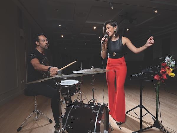 FEATURE: Antonio Sanchez & Thana Alexa Grow Their Partnership – Downbeat