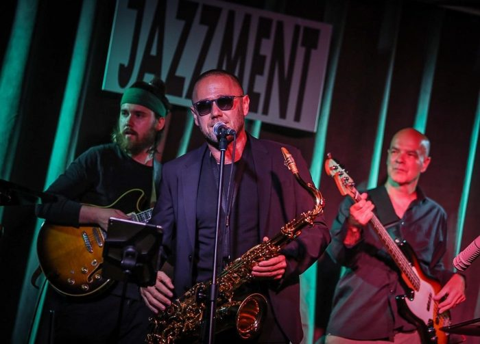 "VIDEO PREMIERE: JazzCorner Premiere's ""Chiefs Kingdom"" by Sylwester Ostrowski & Jazz Forum Talents"