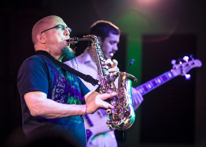 FEATURE: Saxophonist Jeff Coffin's Career As an Artist and Educator – Downbeat