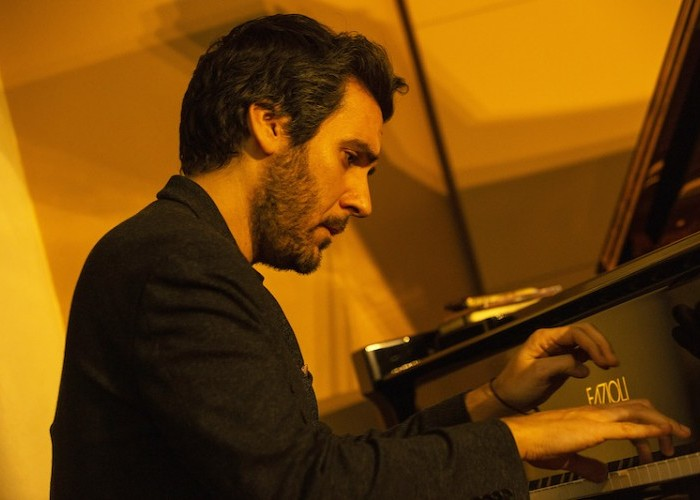 FEATURE: Alex Conde's Flamenco-Tinged Jazz for Bud Powell – Downbeat